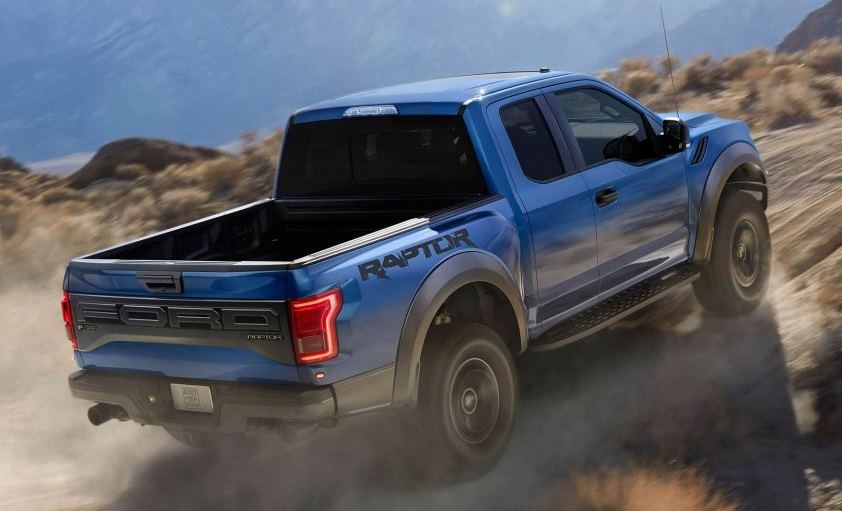 Ford Raptor in actiune