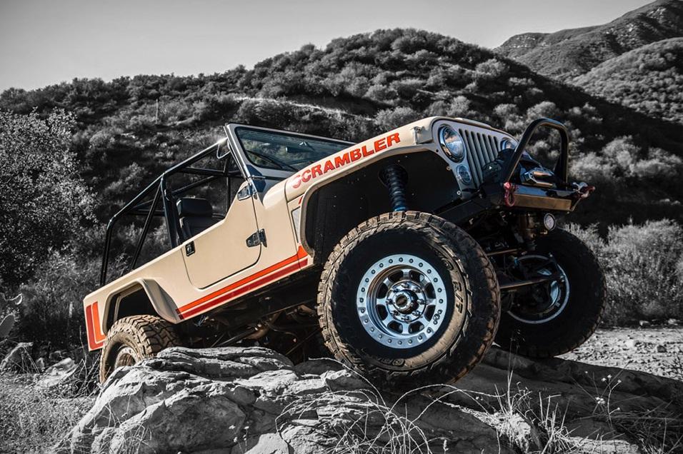 Jeep Scrambler in actiune