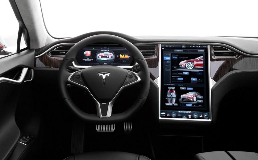 Tesla S - interior