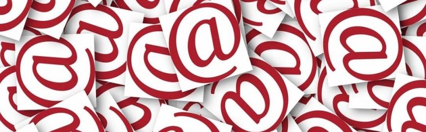 Simbolul email